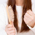 Tips Mengatasi Rambut Rontok Dengan Perawatan Alami