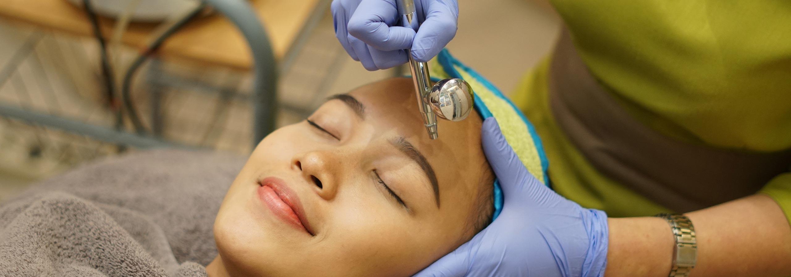 Aqua Therapy Klinik Farmanina